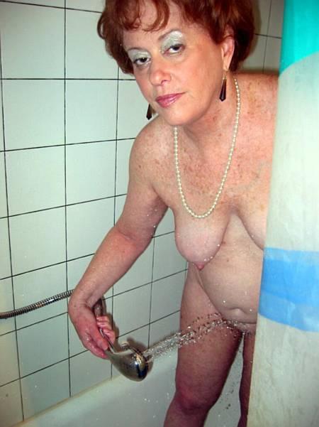 смотреть фото пожилых женщин голых